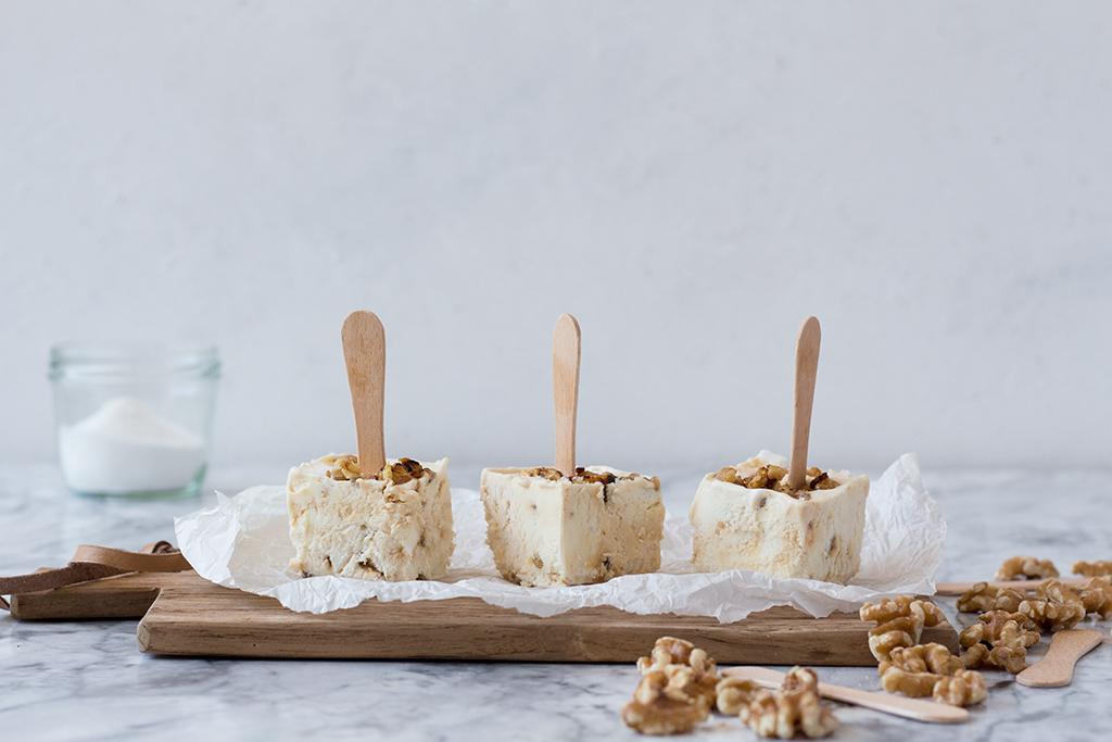 Walnuss-Karamell Eis – am Stiel